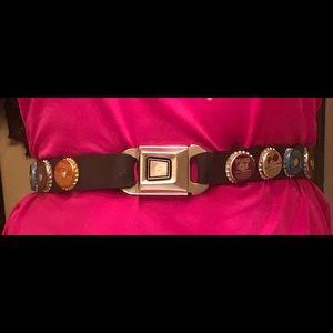 Vintage Accessories - Bottle Cap rubber belt with seat belt buckle 29 M